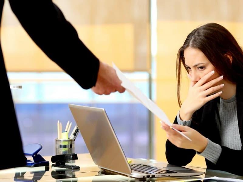 Незаконное увольнение - план действия