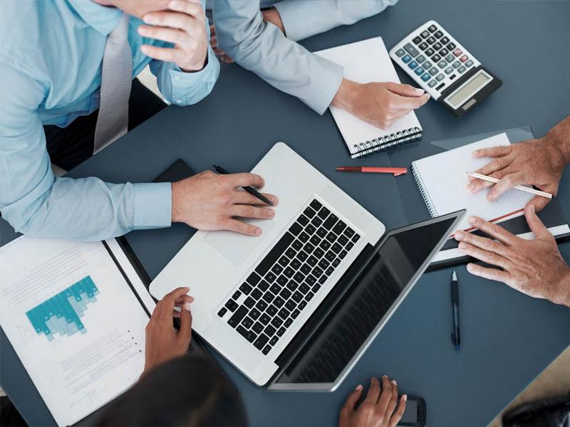 Как сэкономить фирме с помощью бухгалтерского аутсорсинга?