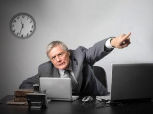 Какая ответственность ждет работодателя, который не отпустит коллектив на нерабочую неделю?