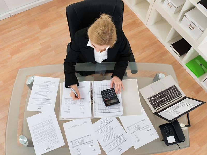 Как контролировать финансы и учет компании?