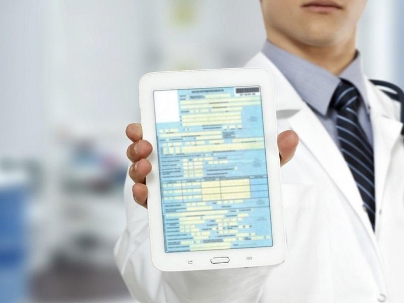 Можно ли не принимать от работника электронные больничные?