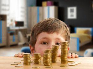 ПФР начнет новые выплаты на детей в июле